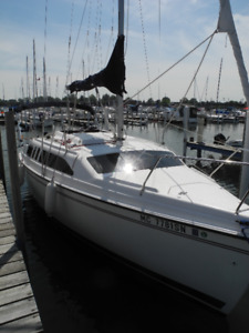Sailboat 1998 Hunter 26 very good condition 12999