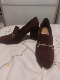 Purple smart heels