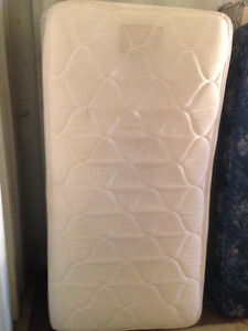 single/twin mattress and boxspring, euro top, matching set