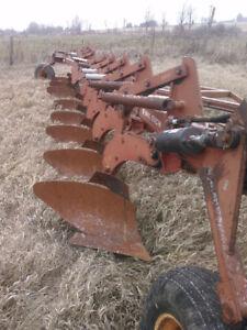 Wil-rich 2900 8 furrow plough