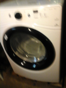 Front load washer and dryer Amana 3 to 4 years old $400