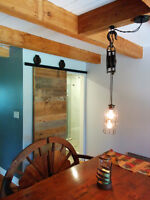 RECLAIMED ANTIQUE LUMBER ROLLING BARN DOORS & HARDWARE