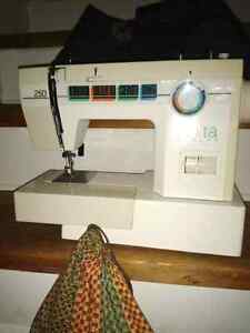 Elna Elnita 250 sewing machine