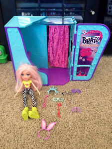 Bratz photo booth, doll and accessories Strathcona County Edmonton Area image 1