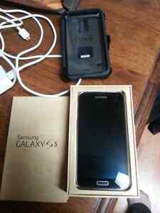 Samsung galaxy S5 in great condition with