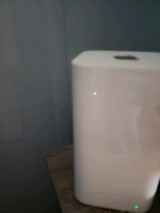 Apple airport express router