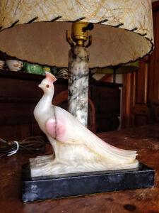 Magnifique Lampe de Table Antique Marbre Statue Paon West Island Greater Montréal image 4