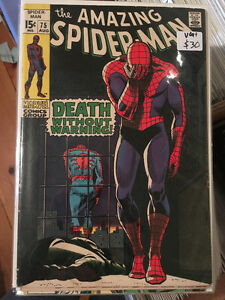 SELLING 1000's of COMIC BOOKS! Spider-Man Batman Flash Spawn
