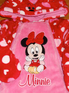 Minnie Mouse Bunting Suite size 6 month Prince George British Columbia image 4