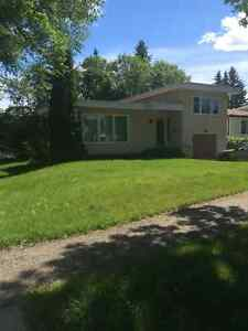 2BR HOUSE BY HIGHLANDS GOLF/ UNIVERSITY AVAIL. AUGUST 1
