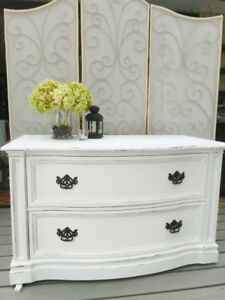 2 Drawer Dresser / Hutch