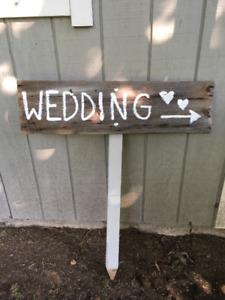 Rustic Outdoor Wedding Sign