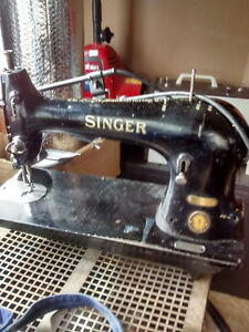 200 OBO FOR SALE SINGER 51-15 TAILORING SEWING MACHINE