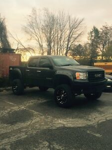 Lifted GMC Sierra
