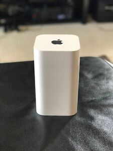 Apple AirPort Extreme Wireless Router - Latest Generation