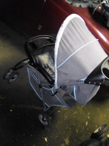 Stroller and car seat combo like New.