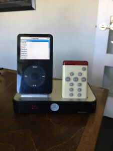 iPod classic - 60 GIG with docking station