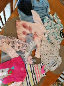 Excellent Bundle of baby girl clothes