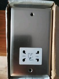 Satin chrome shaver socket