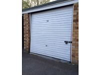 Dry lock up Garage to let on private road storage