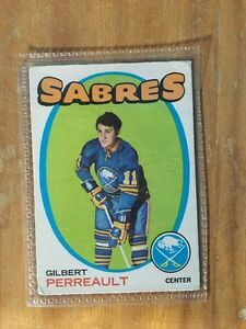1970 and 1971 hockey cards.