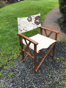 Director's Chair - beige and tan