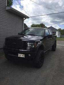 2011 Ford F150 SuperCrew FX4 Luxury, Fully Equipped & Modified!