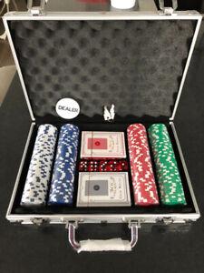 Malette poker 200 jetons * NEUF