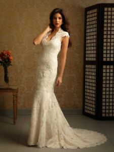 Allure Romance Lace Wedding Dress