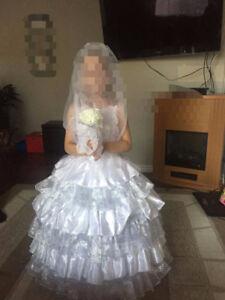 Flower girl/first communion dress 3 pc - Size 6-8