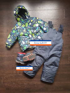 Snow suit 2T and boots size 7