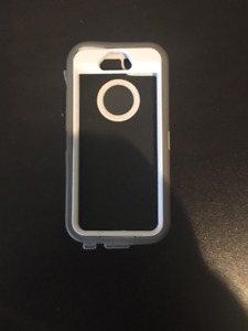 Otterbox case for Iphone 5 ...Grey/White