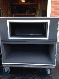 Clydesdale Road case with 4U Rack and Head Combo