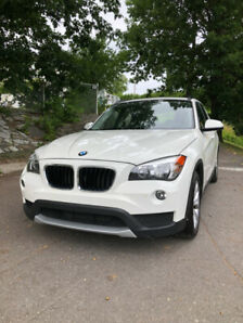 2013 BMW X1, PANO ROOF, LEATHER, WINTER TIRES/RIMS INCLUDED