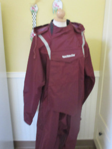 Men's Motorcycle Rain Suit--like New!