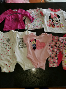 Baby girl clothes 6-12m like a new