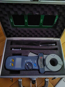 Megger Clamp on Ground Resistance Tester