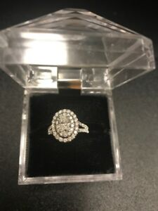1.5 total weight Beautiful Oval Diamond Ring for sale