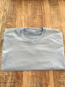 Men's Lululemon Metal Vent t-shirt size large