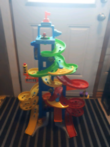 Fisher Price Little People City Skyway Playset.