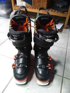 2016 Salomon quest max 130 ski boots