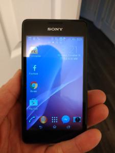 Sony Xperia E1 D2004 Cellulaire Smartphone Unlocked Dévérouillé
