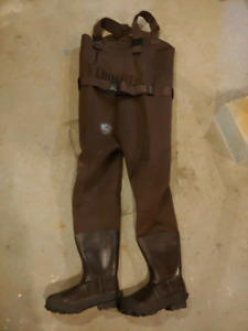 Insulated chest waders