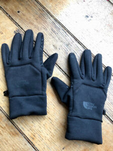 North Face Men's Powerstretch Glove - SMALL