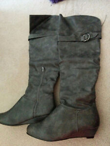 High boots ,grey