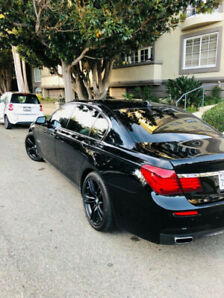 2010 Bmw 750xi Full Load Seulement 55000km! MSport Executif Pack