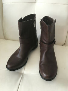 Mid Boots - Dark Brown