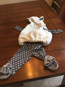 Little Lamp Halloween costume / Costume Mouton d'Halloween