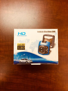 Solid Deal_1080P Full HD Dash Cam & Amuoc Earbuds w/t Microphone