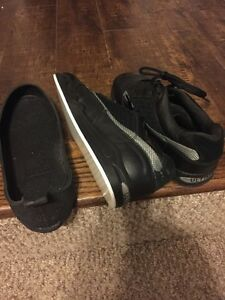 Women's Olsen Curling Shoe Size 8.5